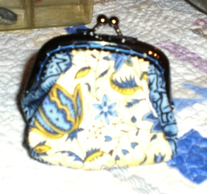 2012-11-25 little change purse